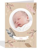 gedruckte Geburtsanzeige mit Foto