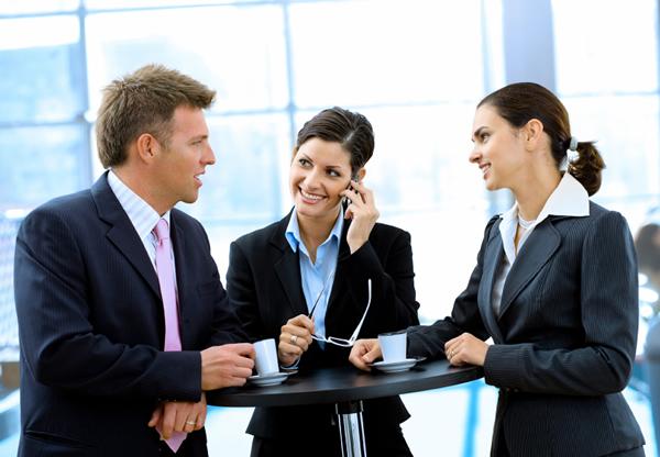 Discussion entre collègues de travail