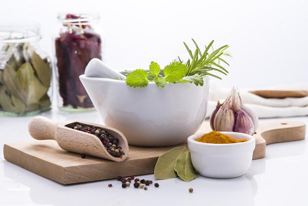 le curcuma, ail, oignon, actifs dans la lutte anti cancer