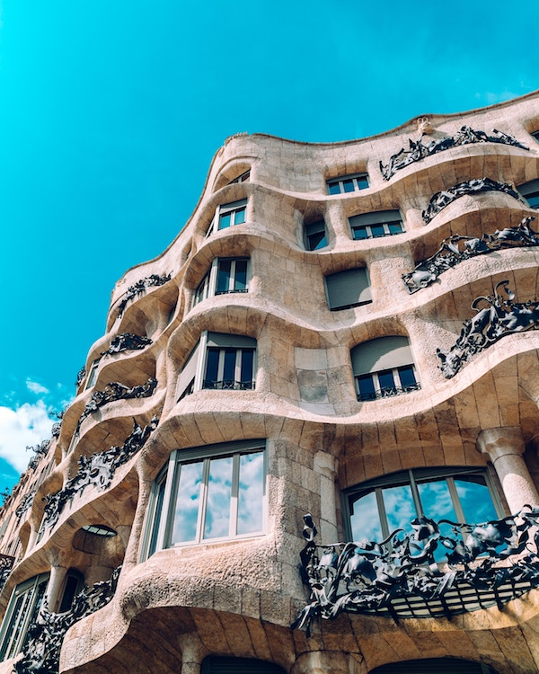 La pedrera, Casa Milá, Barcelone, Espagne - Photo by Florencia Potter