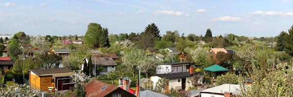 Vue sur un quartier avec jardins communautaires
