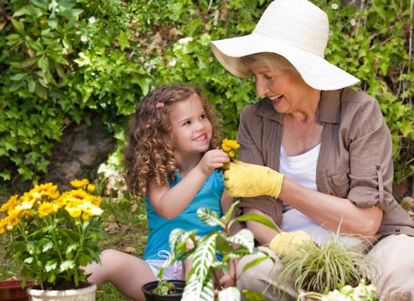 aaaFête des grand-mères : origine, coutume, citations, conseils...