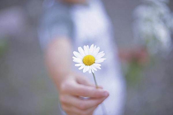 s'ouvrir aux autres par la gentillesse et le partage