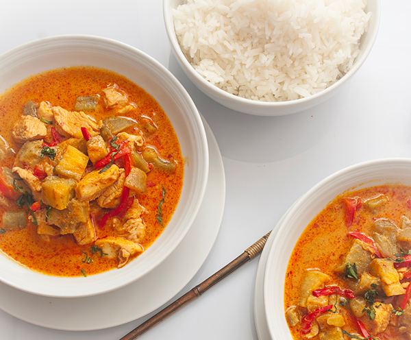 Poulet thaï au curry rouge